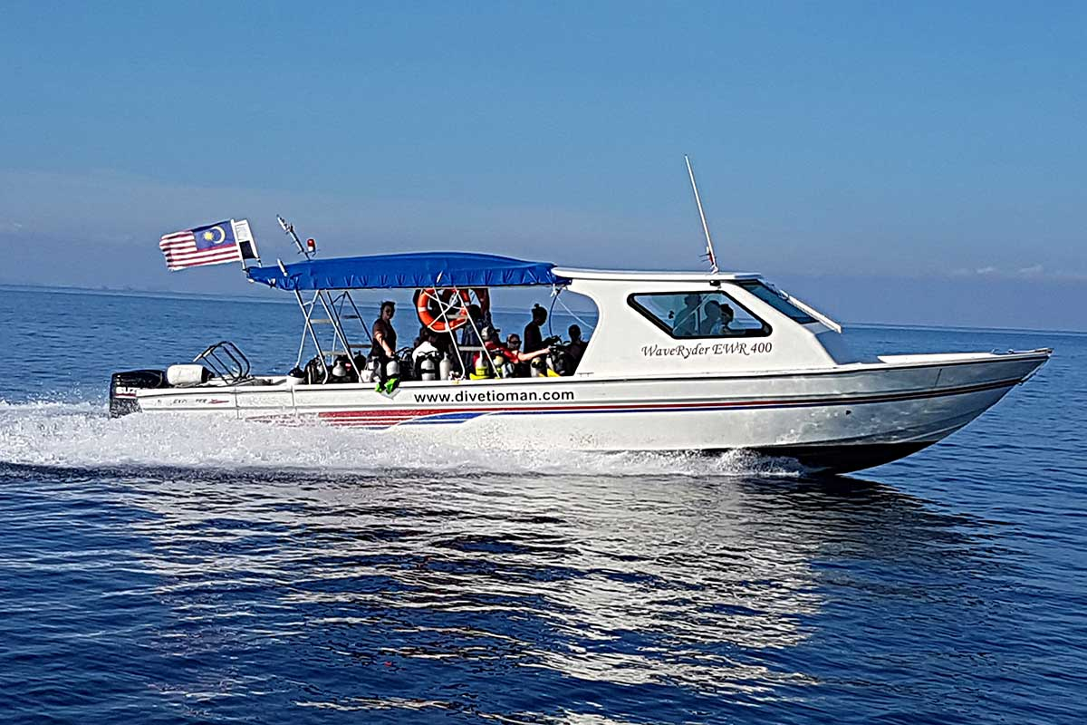 B&J Tioman Dive Boat